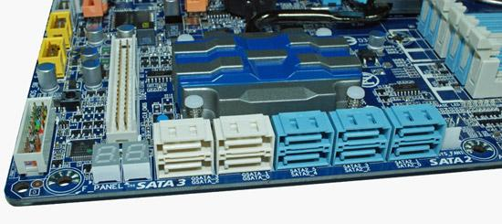 Новая материнская плата  Gigabyte на базе Intel P55