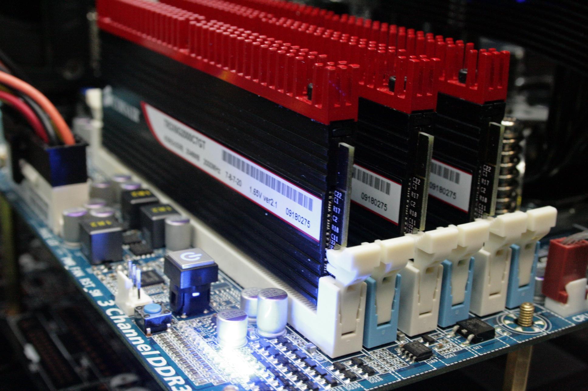 Тестируем NVIDIA GTX295 в режиме Quad-SLI