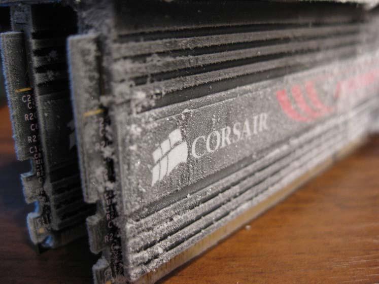 Растяжка Corsair Dominator GT 2000MHz CL7