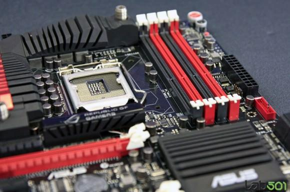 CeBIT 2012 – Компания ASUS продемонстрировала флагманскую материнскую плату Maximus V Formula