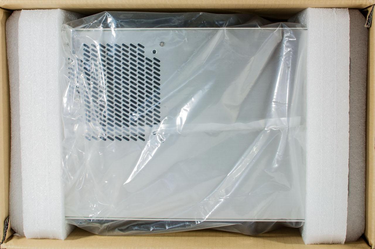 Обзор компактного корпуса Lian Li PC-V354