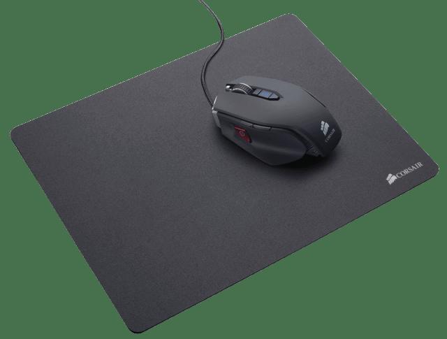 Corsair представляет новые игровые гарнитуры, игровую клавиатуру и коврики для мышей