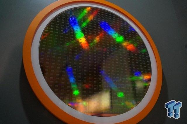 У AMD могут быть проблемы с разработкой HBM2 для следующего поколения видеокарт