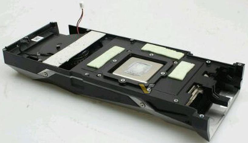 GeForce GTX 1080 PCB 05