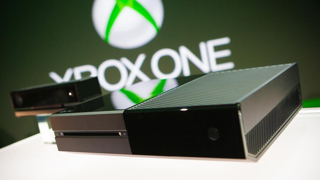 Microsoft снова снижает цену на Xbox One