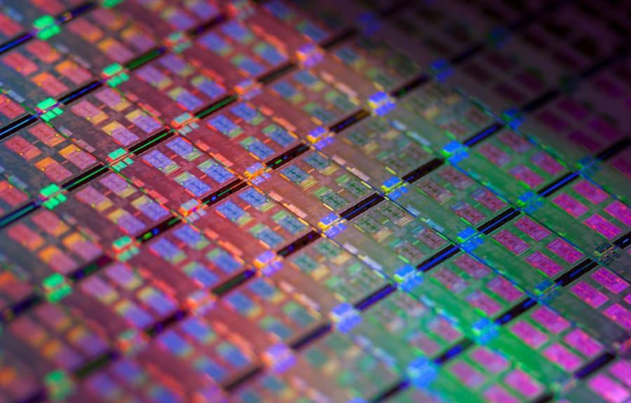 У Intel переход к 7 нм техпроцессу задержится до 2022 года