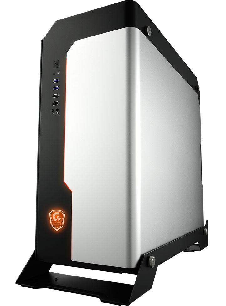 Gigabyte Xtreme Gaming XC700W 2
