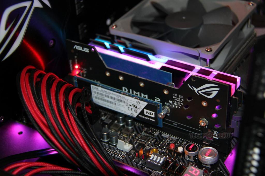 ASUS DIMM.2 – адаптер-переходник DIMM>>M.2