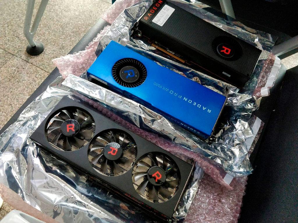 AMD Radeon RX Vega 56 Prototype 1