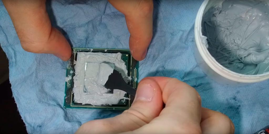 Intel i9 7980XE BEYOND 6 GHz 1