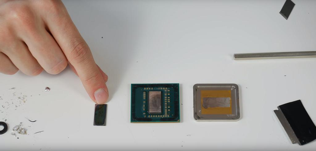AMD Pinnacle Ridge delid 1