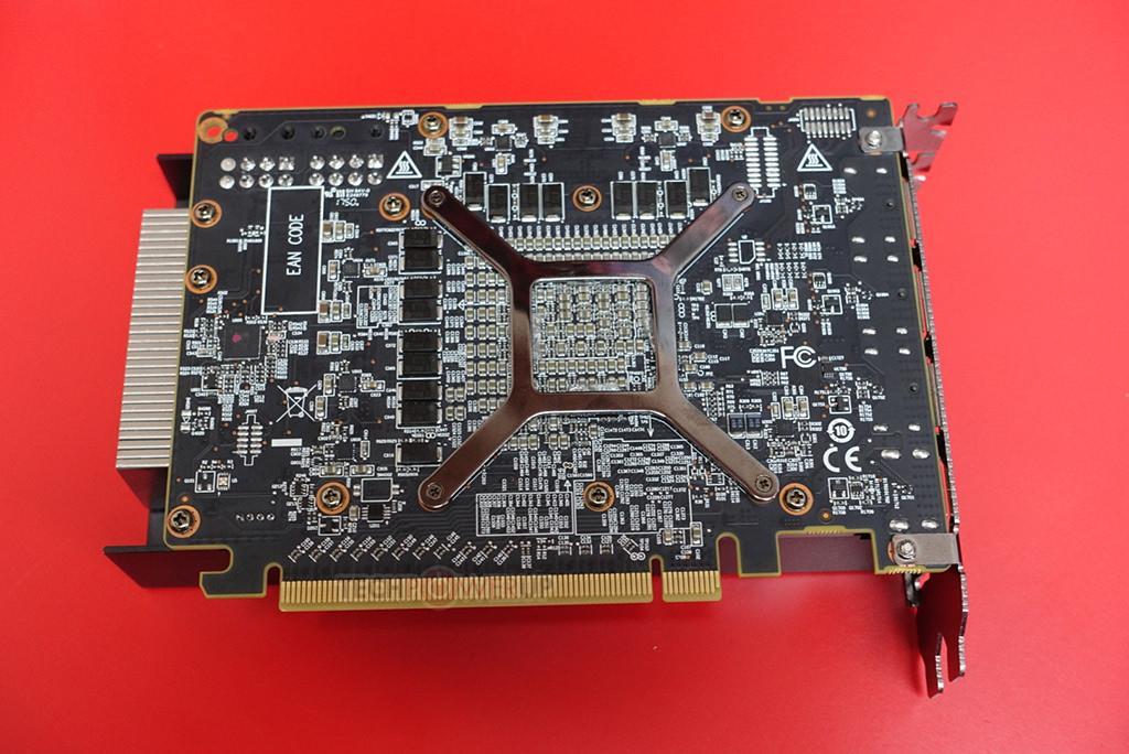 Power Color Radeon RX Vega 56 Nano Edition 1