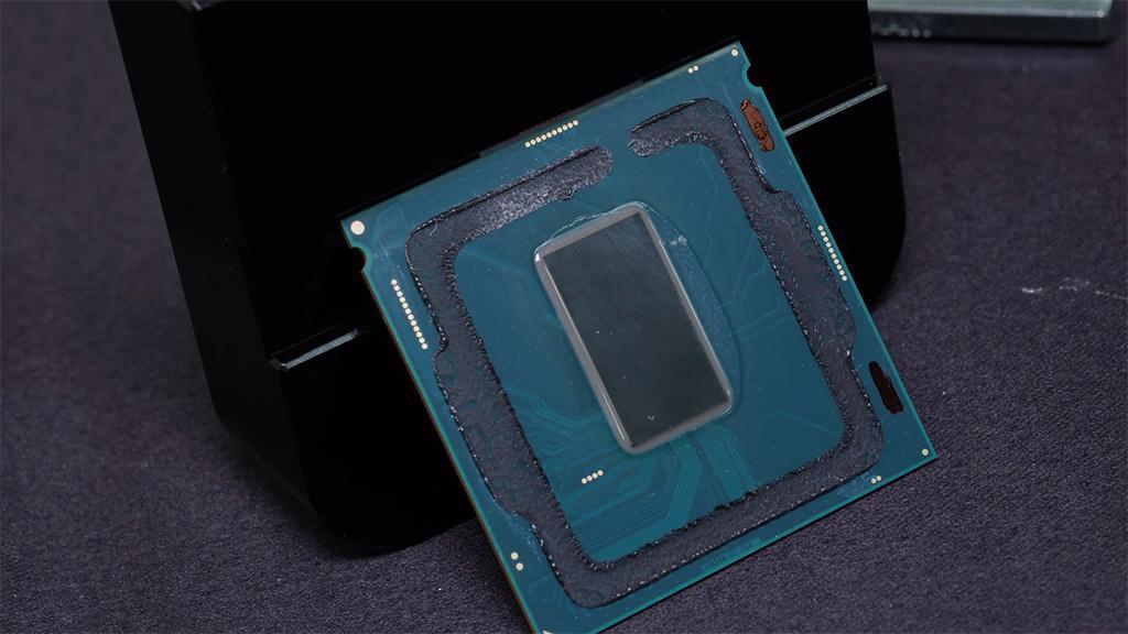 Intel Core i7 8086K Der8auer 7.24ghz 4