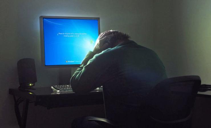 Обновления безопасности для Windows 7 будут, но не бесплатно
