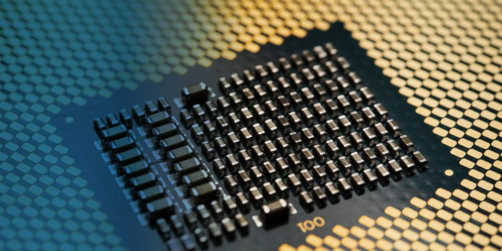 Слух: десктопные процессоры Intel 10-го поколения (Comet Lake-S) получат до 10 ядер и 14 нм техпроцесс… снова