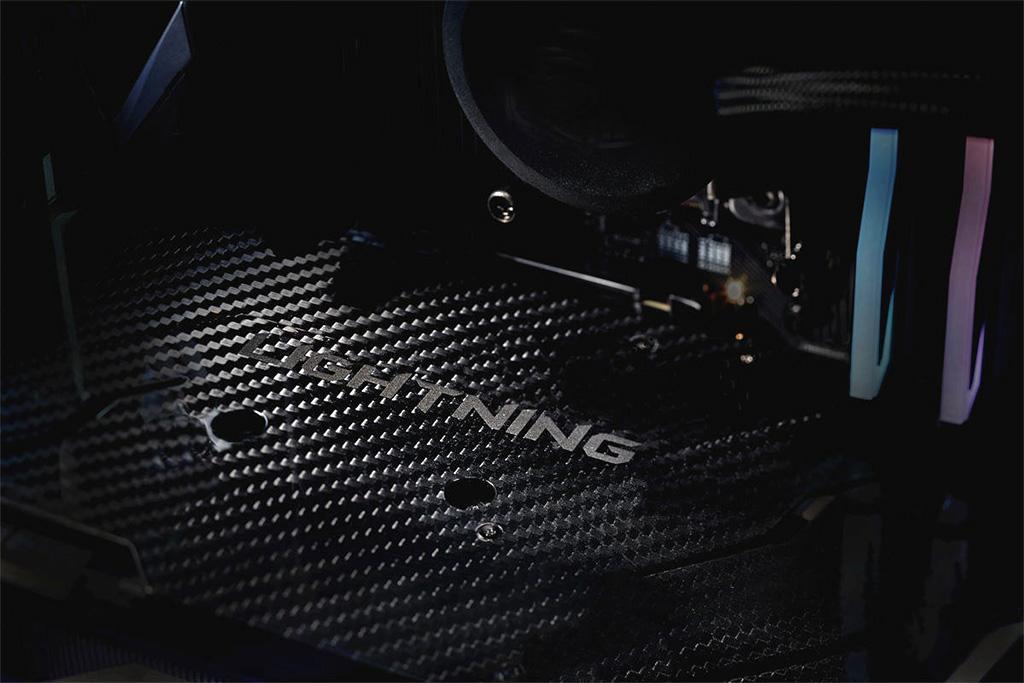 MSI GeForce RTX 2080 Ti Lightning Z получит карбоновый бэкплейт?