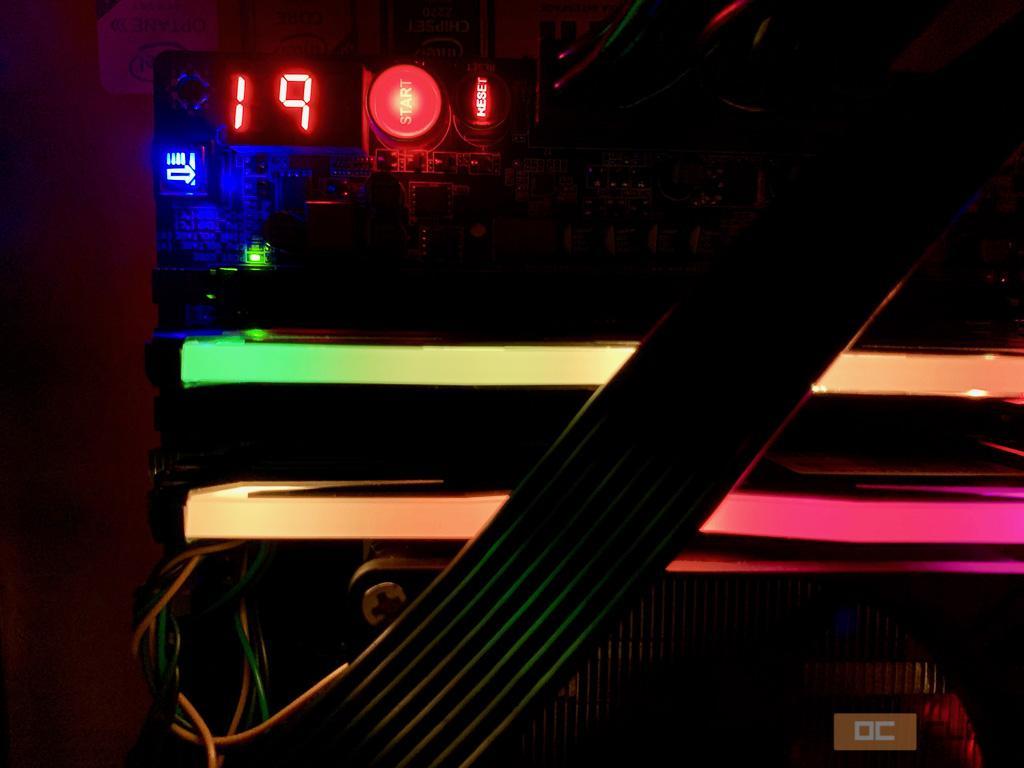 Обзор материнской платы ECS Z270 Lightsaber. Плата-диковинка с самым-самым холодным VRM