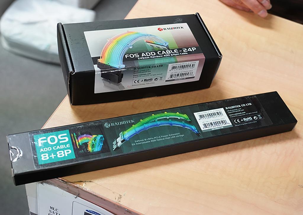 Теперь и Raijintek предлагает кабели с RGB-подсветкой