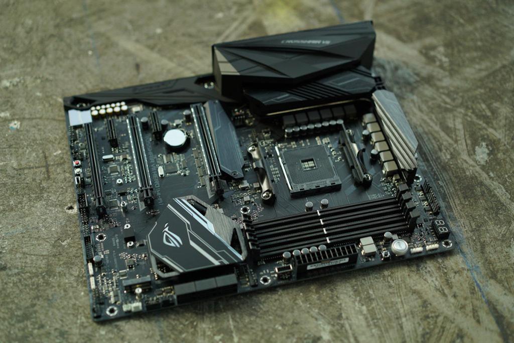 ASUS опубликовала список материнских плат, которые будут поддерживать процессоры AMD Zen 2