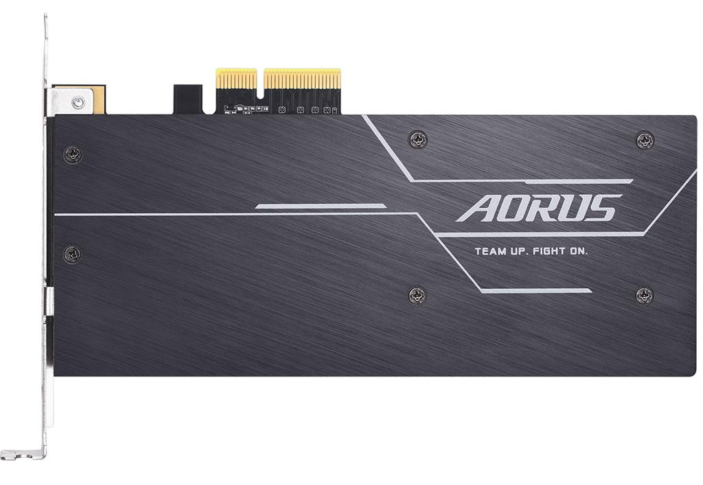 Gigabyte представила накопители Aorus RGB AIC в виде карты PCI-Express