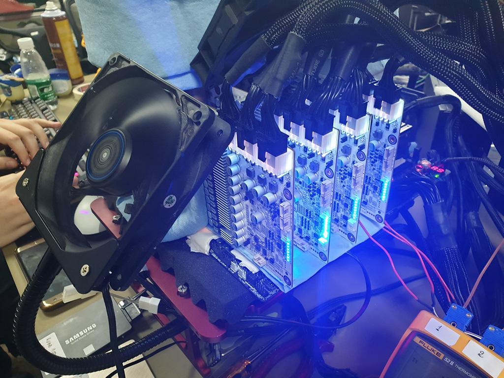 GeForce RTX 2080 Ti разогнана до 2,9 ГГц по ядру. Побиты несколько мировых рекордов 3DMark
