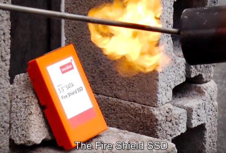 SSD-накопитель InnoDisk Fire Shield способен выдерживать температуру свыше 800 °C