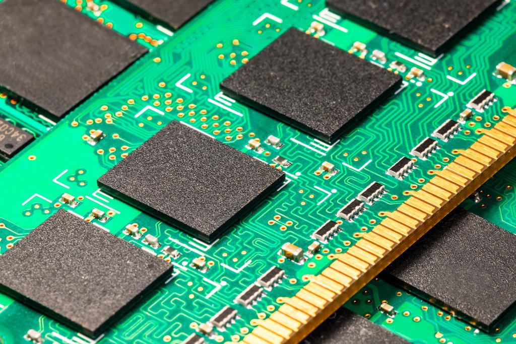 Ещё один китайский производитель начинает производство DRAM-памяти – Tsinghua Unigroup