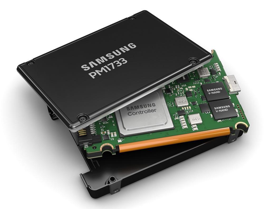 PM1733 – первые накопители Samsung с поддержкой PCI-E 4.0