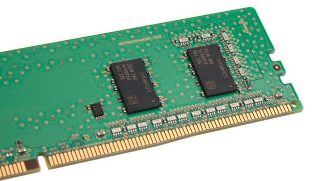 Samsung начала поставки модулей DDR4 с чипами A-Die