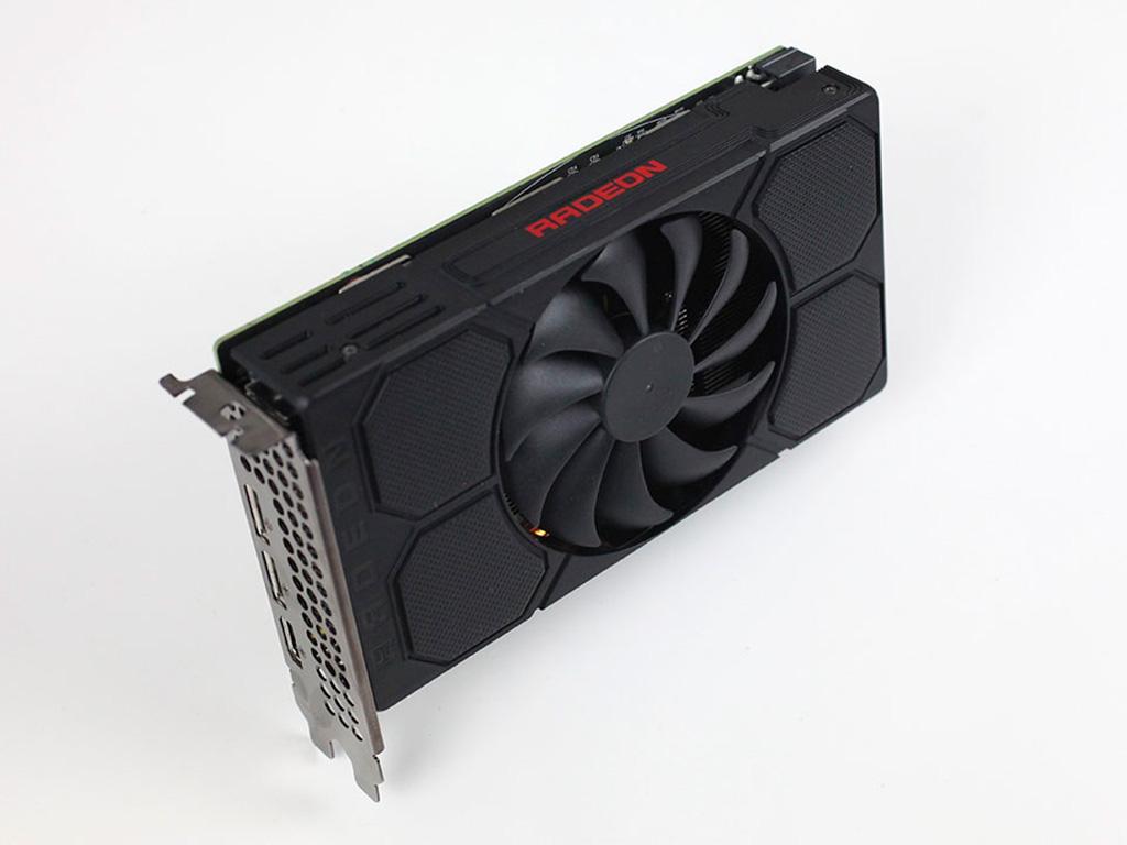 Слух: нормальный релиз видеокарт AMD Radeon RX 5500 намечен на 12 декабря