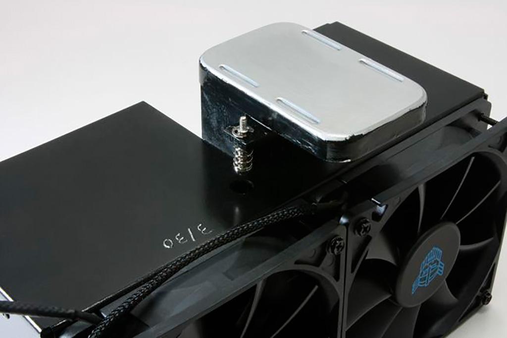 В процессорном кулере IceGiant ProSiphon Elite применяется система фазового перехода