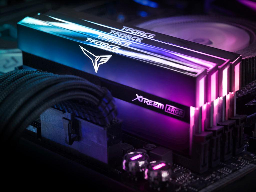 Team T-Force Xtreem ARGB DDR4 и без подсветки привлекают взгляд