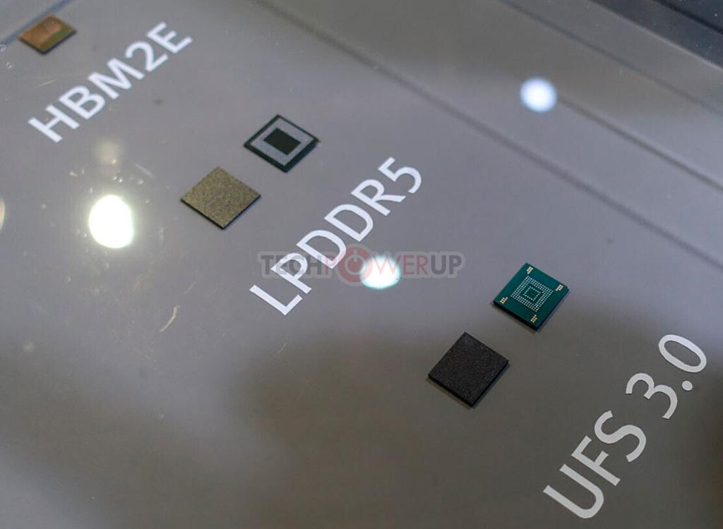 "CES 2020: стенд SK Hynix. SSD с памятью ""4D NAND"", прототип памяти DDR5 и не только"