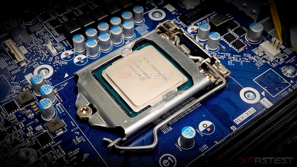 Рассматриваем инженерный образец Intel Core i9-10900