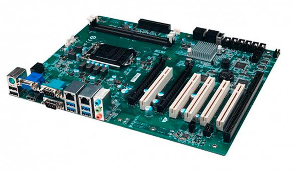 От материнской платы MSI MS-98L9 V2.0 с сокетом LGA1151 «олдскулы» сводит