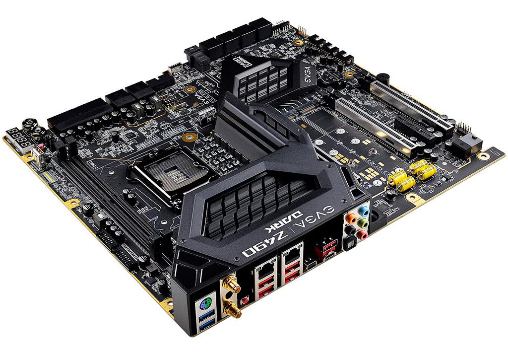 Топовая материнская плата EVGA Z490 Dark K ngp n Edition поступила в продажу