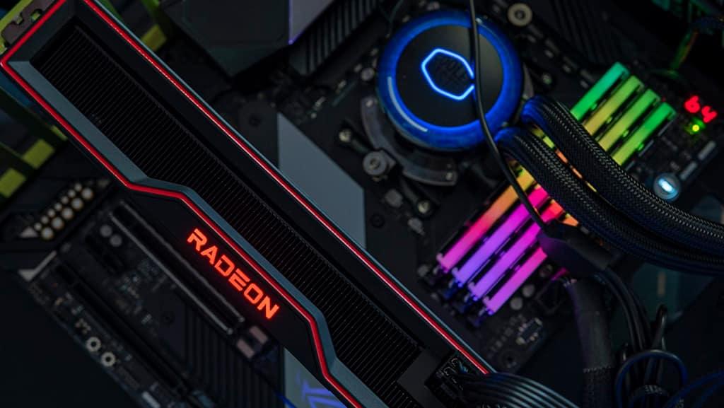 Слух: AMD Radeon RX 6700 и RX 6700 XT получат GPU Navi 22 и 12 ГБ памяти GDDR6