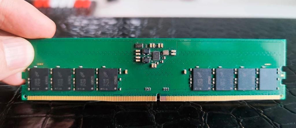 С конвейеров двух китайских производителей сошли первые модули памяти DDR5