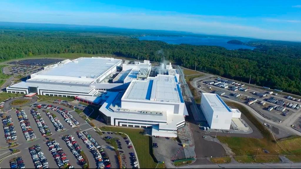 GlobalFoundries инвестирует миллиард в расширение производства и планирует постройку новой фабрики