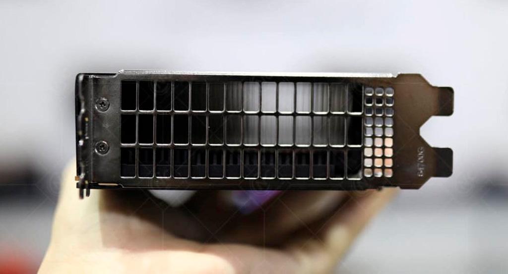 Замечена подозрительная карта XFX на ядре Navi 21. AMD готовит видеокарты для майнинга?