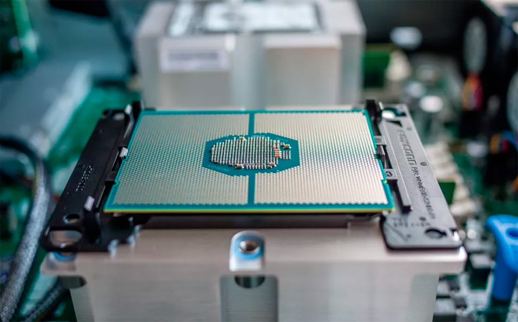 Технология Intel Seamless Update позволит обновлять прошивку без перезагрузки