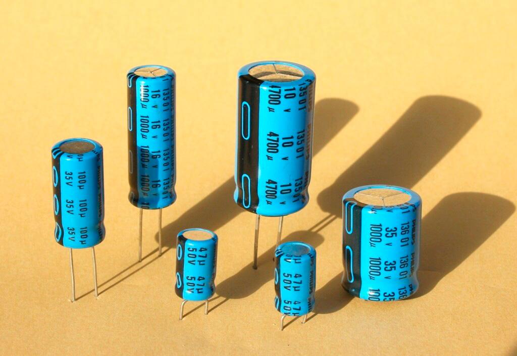 Дефицит добрался до пассивных компонентов и конденсаторов в частности